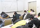 2年生は7人が参加してくれました。 少人数で内容の濃い授業をしていますね!